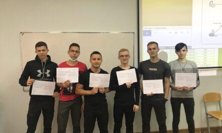 Студенты 4-ого курса специальность Компьютерные системы и комплексы получили сертификат сетевой академии Cisco — CCNA Routing and Switching: Introduction to Networks